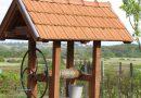 Kućica iznad bunara